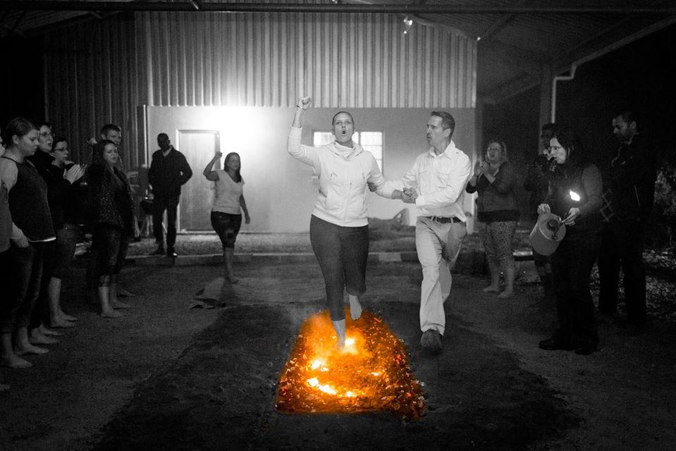 dr-steven-gullan-firewalking-6