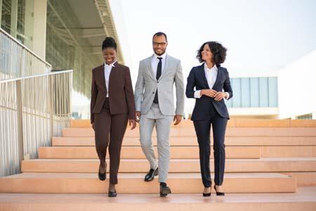 3-people-walking-leadership